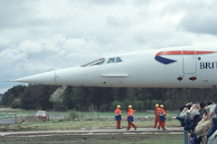 The moment of arrival: Concorde inches into the grounds of the Museum of Flight.